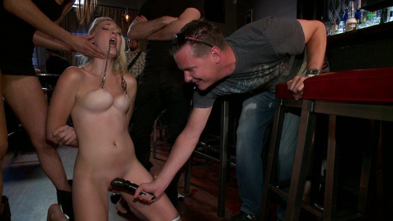 video-pro-seks-porno-bdsm-v-restorane